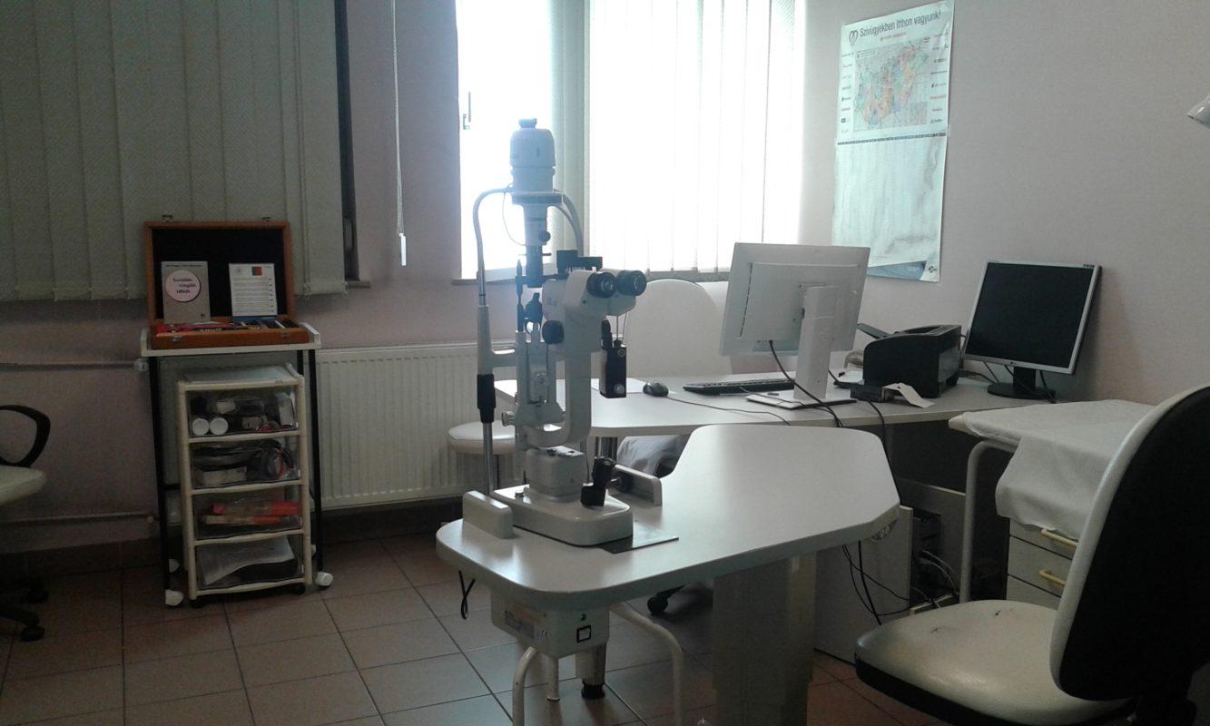 szemész szolgálatban látásélesség 0 5 mennyi
